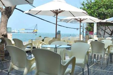 80m2 ecotourism apartment in front of the beach