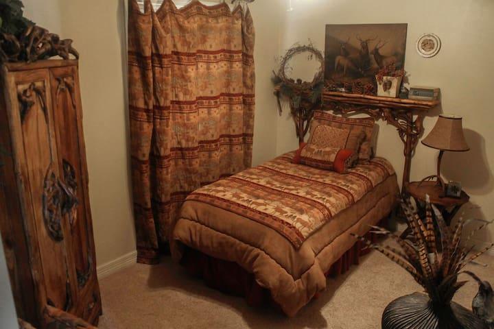 Single twin bedroom