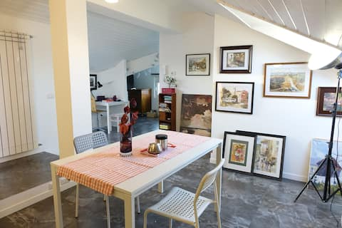 Charming bright attic, 40 mq, sleeps 2