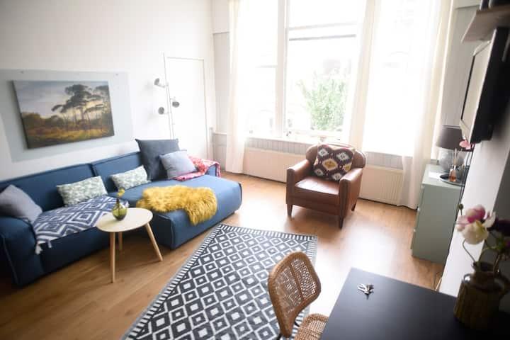 Bright spacious suite Scheveningen/Den Haag