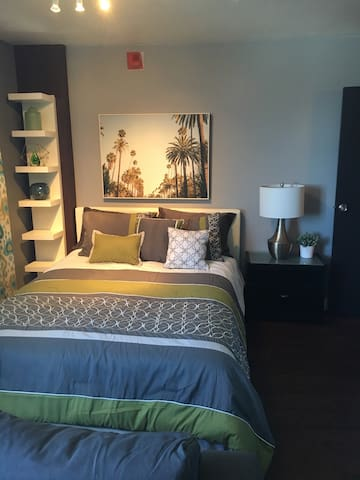 Comfy Studio Apt Close to Downtown St. Pete - Saint Petersburg - Apartment