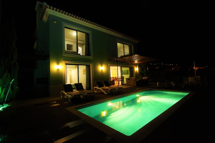 Eden Green Villa 5 Stars with Private heated pool