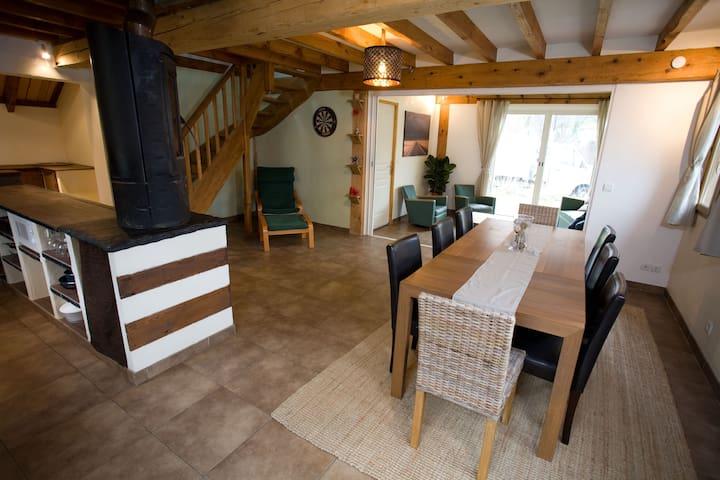 Grande maison chaleureuse - Arrens-Marsous - Huis