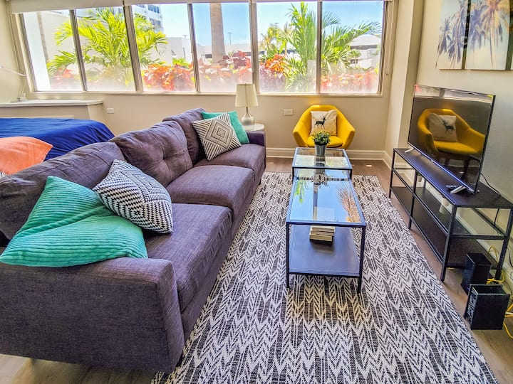 Stunning Studio in Downtown St. Pete