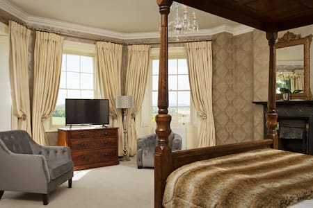 Brooks Country House - Peterstow