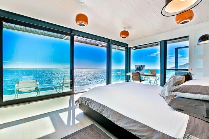 Modern Malibu Paradise