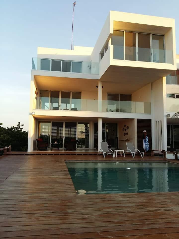 Casa Frente al Mar en Uaymitun