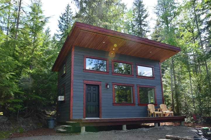 White Lake Guesthouse -Lovely Wooded Nature Escape