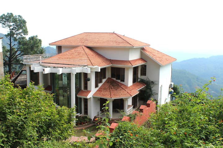 Villa in Himachal, 4 hrs from Delhi - Jamta