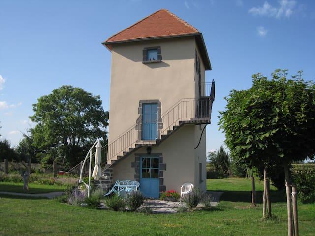 Gîte le Pigeonnier de Limagne - Riom - Haus