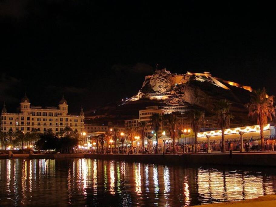 Vistas nocturnas Castillo Alicante