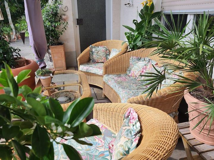 Gemütliche ruhige 1 Zimmerwohnung an Waldrandlage