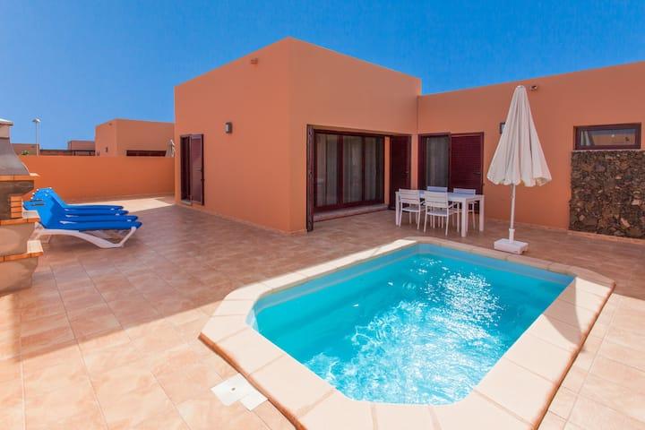 Anahi Homes Corralejo -Villa  Dracaena 4