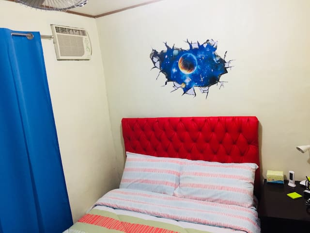 Stay in my humble home ( Near Clark intl. Airport)