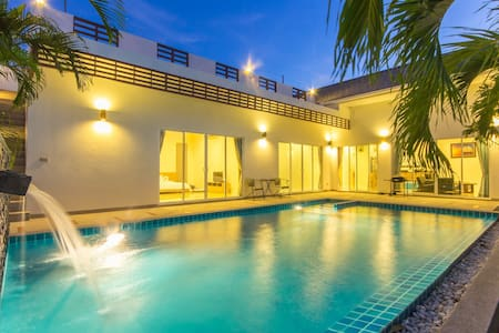 Luxury house in Hua Hin