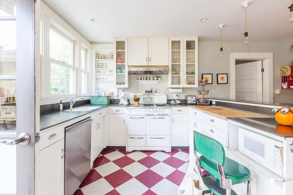 Kitchen for you to use if you like.