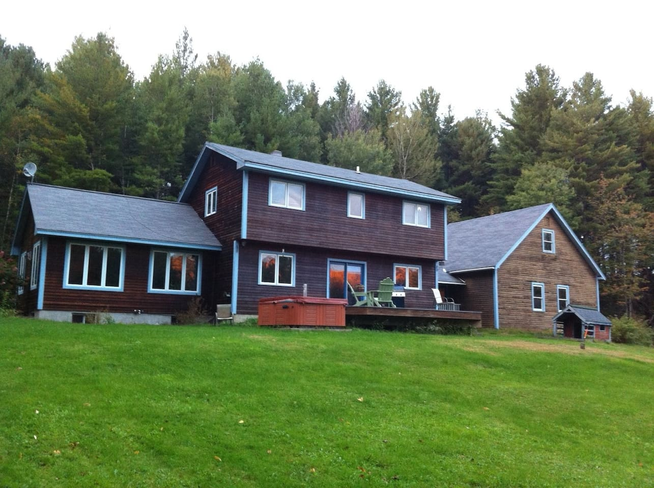 4-5  bedroom, 2 bath home for rent by the week and/or month in Warren, Sugarbush Valley , Vermont