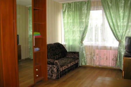уютная квартира на пр Ветеранов - Wohnung