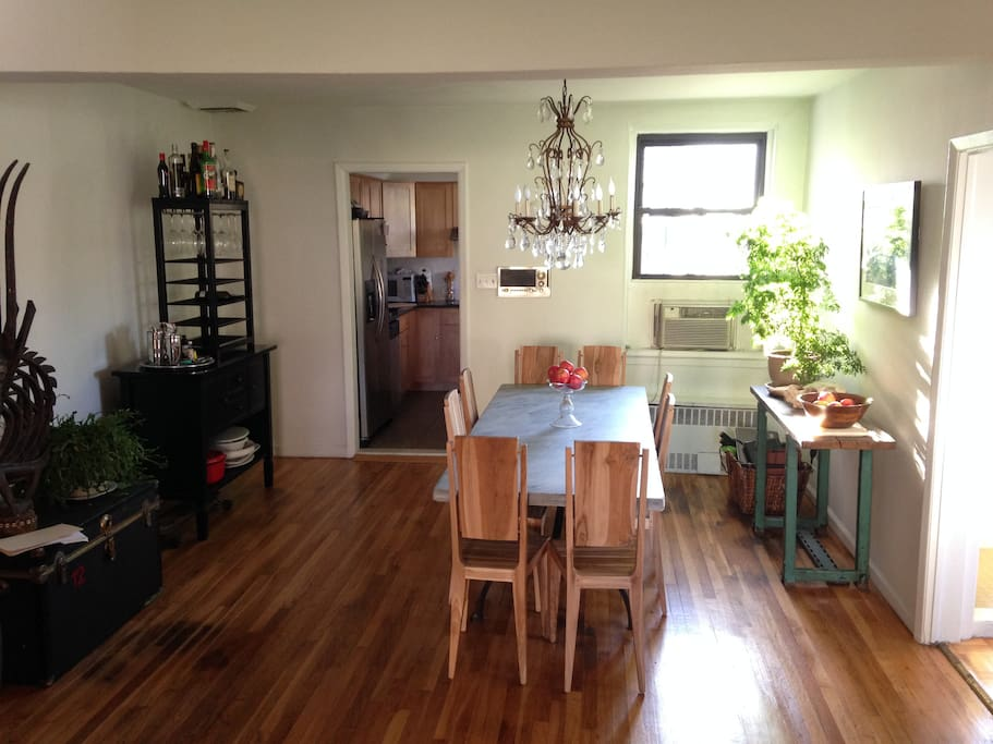 Renting Two Bedroom Apartment Nyc And Airbnb Extra Room