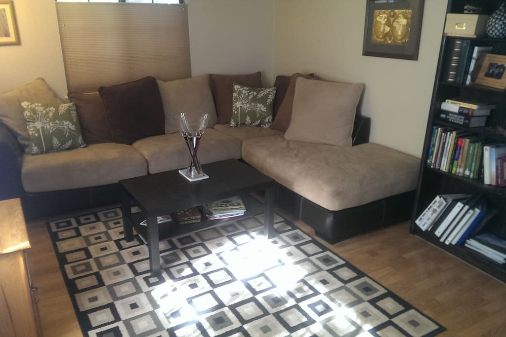 Cozy living room, no TV but great wireless internet.