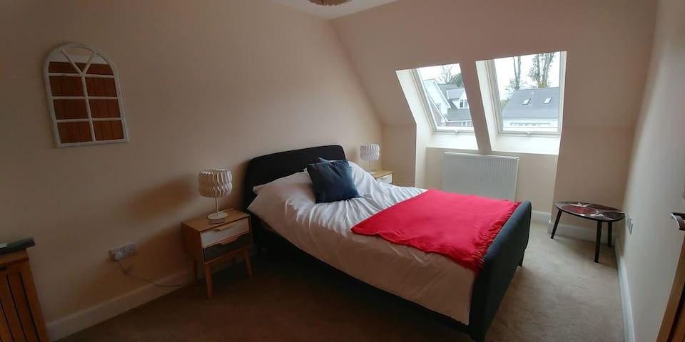 Beautiful Double Room Near Inverness Airport