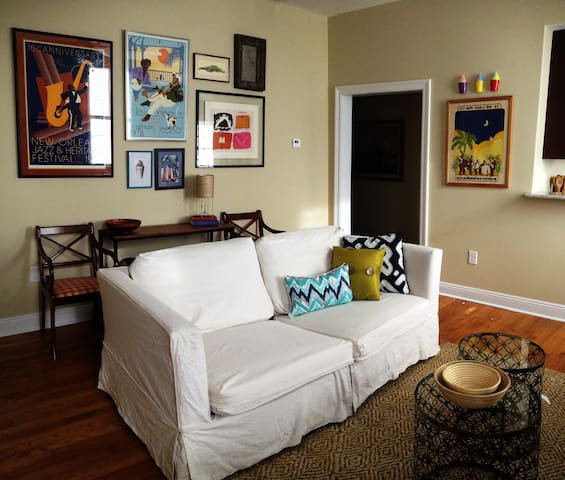 Cozy in Uptown - New Orleans - Apartment
