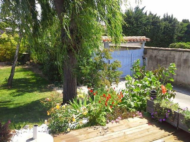 Chambre privée et accès piscine - Olonzac - Villa