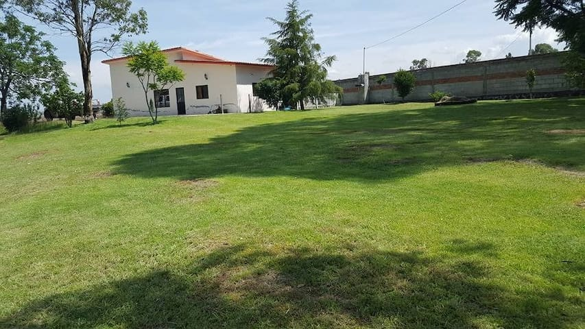 Finca Cardoluci casa de Campo rumbo a Amealco, Qro