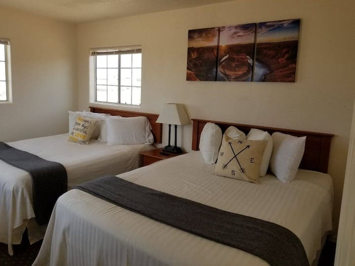 Private Suite Getaway near Grand Canyon Sleeps 6
