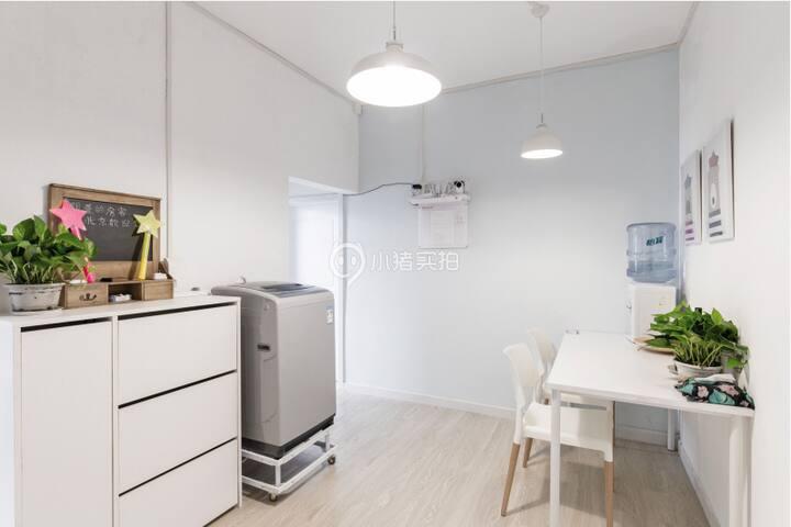 【长租特惠】|两居室其中一间 超赞舒适 有电梯  三里屯 簋街 工体 距离团结湖地铁站100米