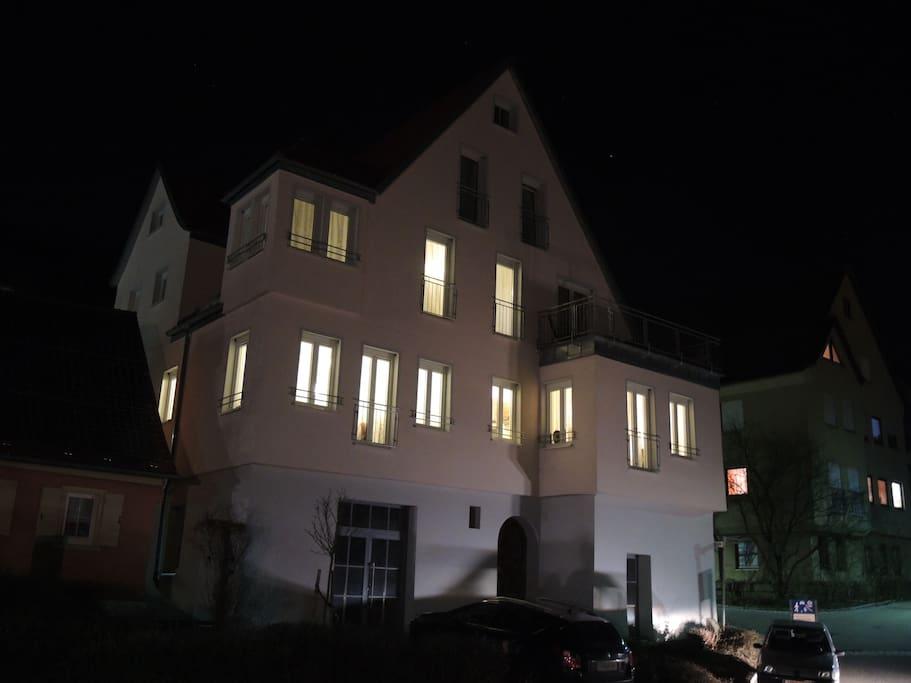 Leben in unserem Wohnwerk41 in Schwäbisch Hall bei Nacht,