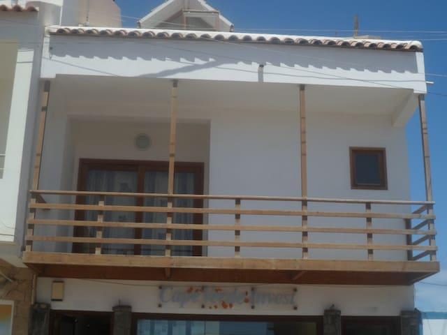 COSMOPOLITAN-Sal Island(Cape Verde) - Santa Maria