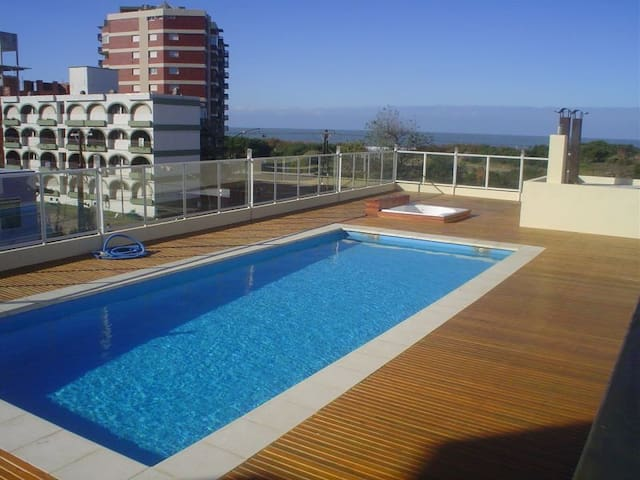 Best spot + 100 mts beach + Pool + close to town!