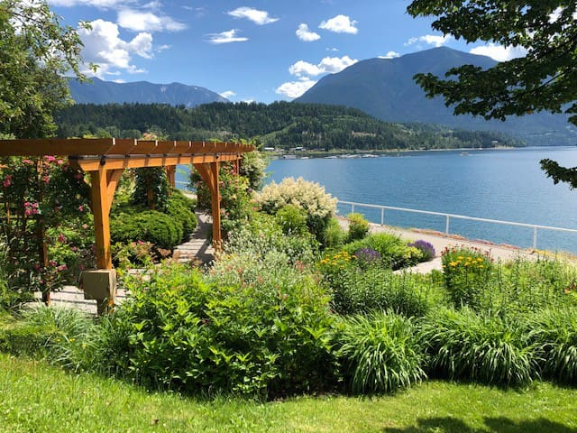 Beautiful Home in Beautiful Nakusp