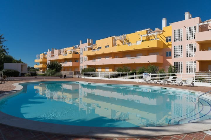 Trife Brown Apartment, Cabanas Tavira, Algarve - Alhos - Wohnung