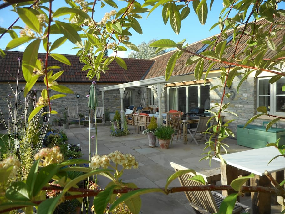 Terrace where breakfast can be served in Summer