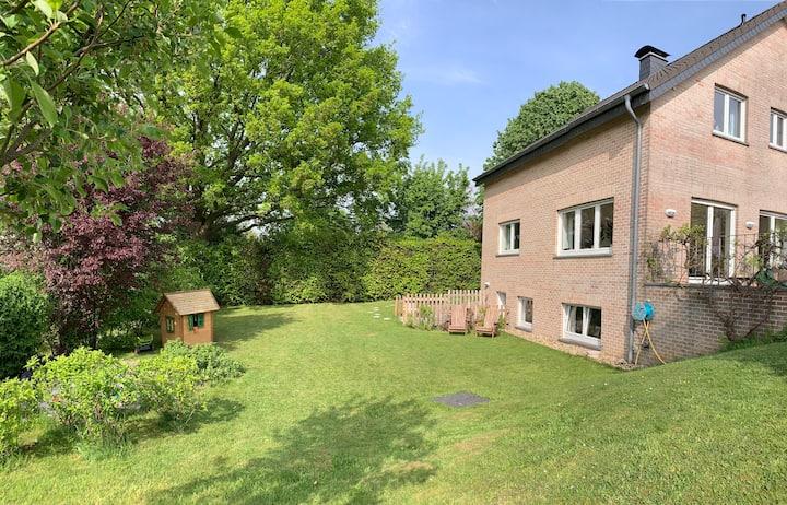 Appartement am Rande des Hohen Venn mit Garten
