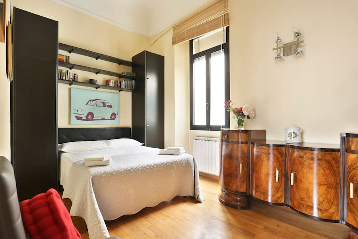 "Small Studio ""Donatello"" in the heart of Florence"