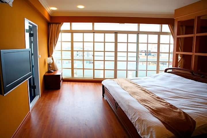 鹿港住宿  #505環遊世界二人房