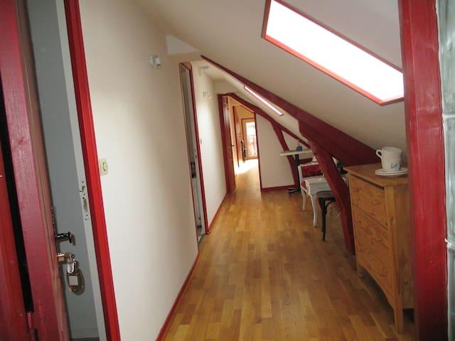 chambre n2 avec sdd et coin cuisine commun - Saint-Aquilin-de-Pacy - Casa