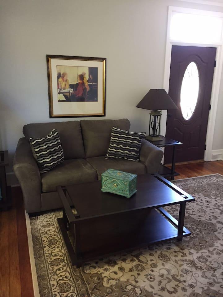 Cute & Cozy Living Room