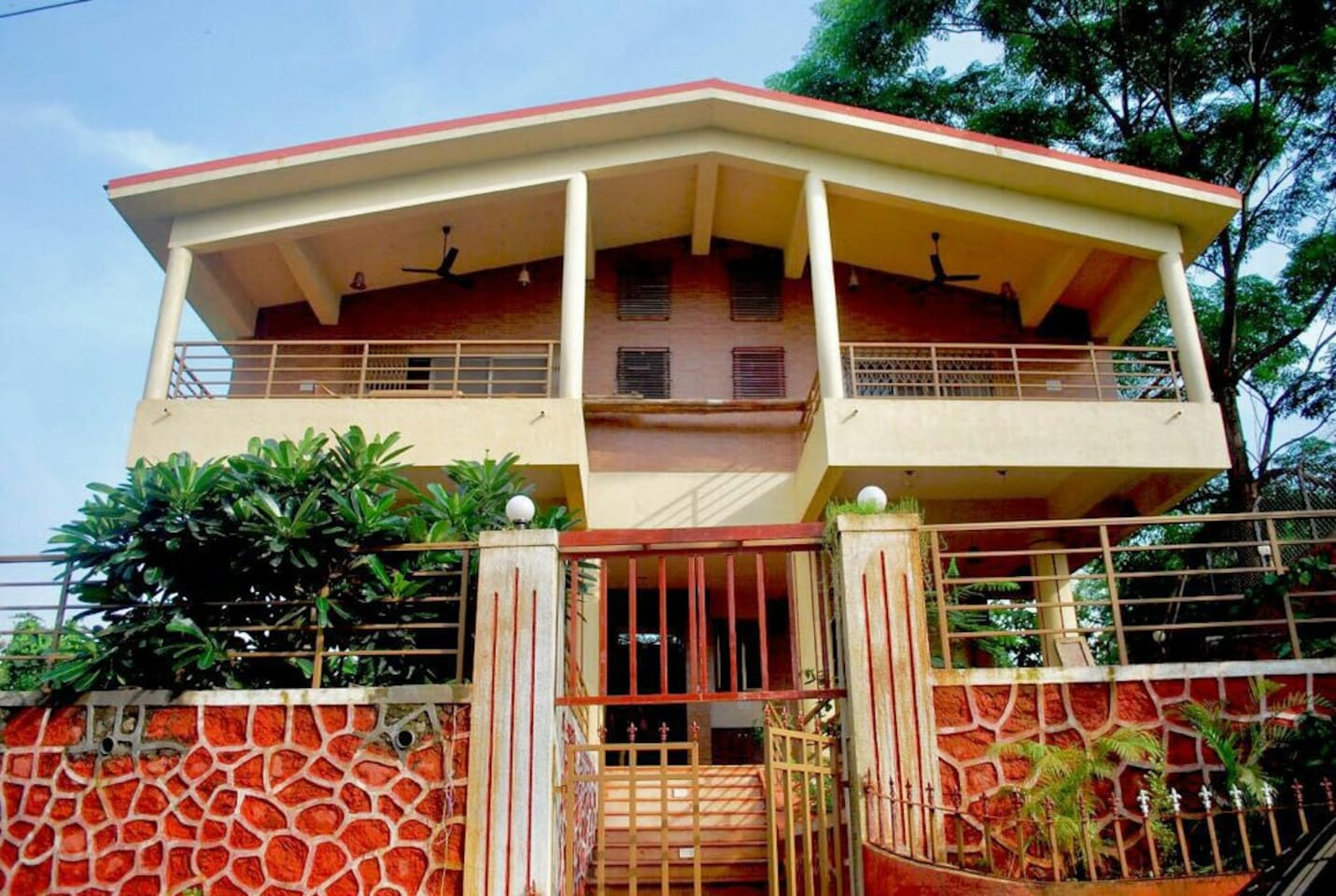Front view of Kapadia villa