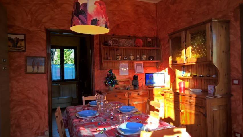 Casa vacanze liguria marinella e marina di carrara - Ortonovo - Huis