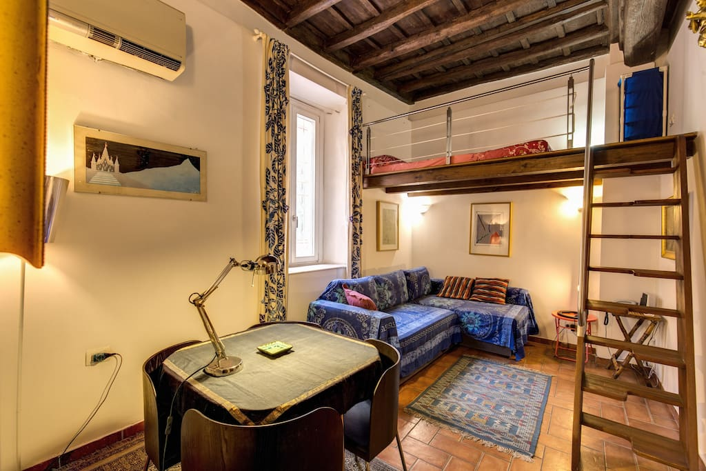 Trastevere design studio apartment apartments for rent for Studio design roma