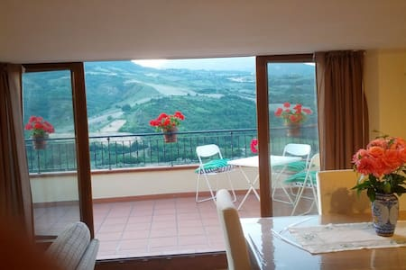Attic with panoramic terrace. - Valle San Giovanni