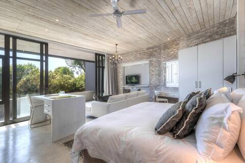 The BeachHouse