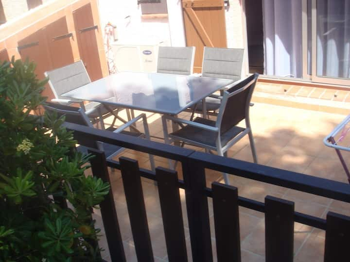 Semi-detached air-conditioned villa in the pine forest - Cap d'Agde