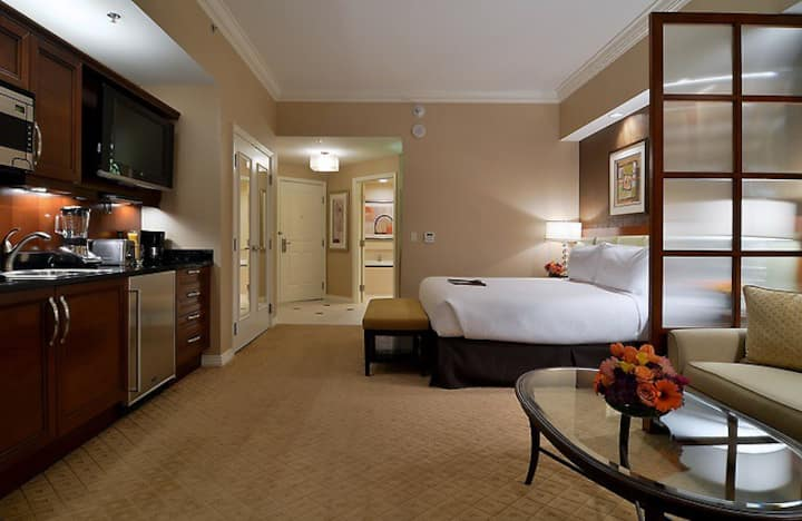 MGM Signature Luxury Suite Strip$72,No Resort Fee