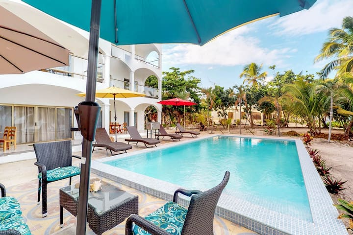Family-friendly condo w/ shared pool and beach views in relaxing area