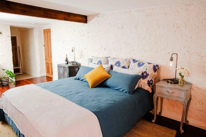 Villa Vineyards Orange Door Studio